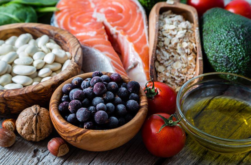 תמהיל תזונתי נכון הכולל מזונות מתאימים