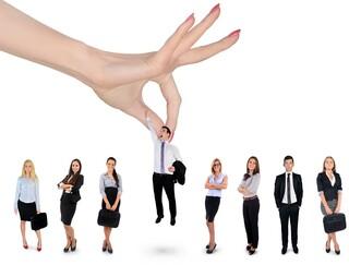 לסייע לישראלים לחזור למעגל התעסוקה