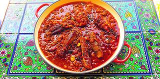 תבשיל בשר בחצילים בנוסח פרסי