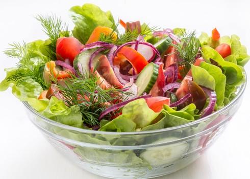 לכל קבוצת צבע ולכל משפחת ירקות יש יתרונות בריאותיים שונים