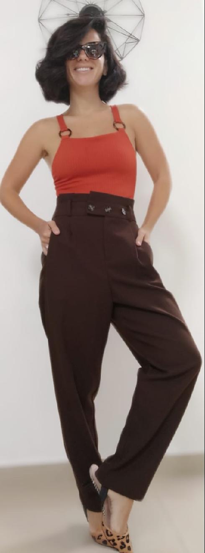 בגדים ישנים, קטנים ולא מחמיאים מתפקדים על תקן בלמים ומעצורים
