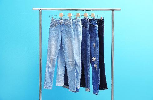 אל תשאירי את הג'ינס הישן בתקווה שעוד תצליחי להשתחל אליו