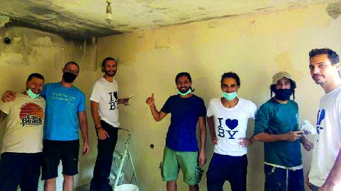המתנדבים בפעולה
