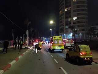 זירת התאונה ברחוב העצמאות בבת ים