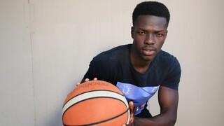 הכל התחיל בגיל 10, כשהוא בסך הכל רצה לשחק כדורסל