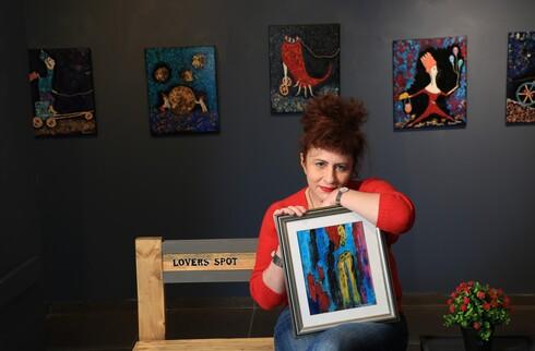 פרופ' ללה מיגירוב, מנתחת בעלת שם עולמי, עזבה את עולם הרפואה לטובת קריירה של ציירת