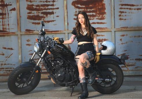 """שיר קטנר. אופנוע הוא הדבר הכי אמין ואהוב שיש"""""""