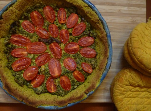פאי עגבניות שרי ופסטו – טבעוני ללא גלוטן