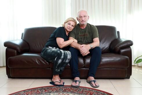 חודש אחרי פטירתו של שרון אסמן, מספרים הוריו אינה ופסח על הילד שהיה מקור גאוותם ועל הצוואה הרוחנית שהותיר