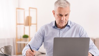 איך חוזרים למעגל העבודה בגילאי 50 ומעלה?