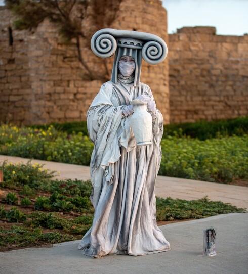 פסלי אדם. נושמים תרבות