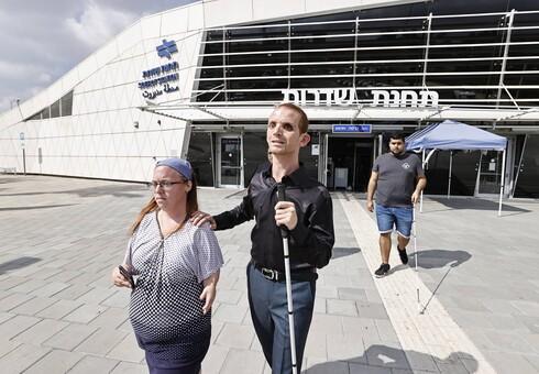 """רכבת ישראל הטילה השבוע גזרה על תושבי שדרות: במסגרת חשמול המסילה יבוטלו הרכבות הישירות לתל אביב .'ככה לא מקרבים את הפריפריה למרכז"""", אומרים התושבים"""