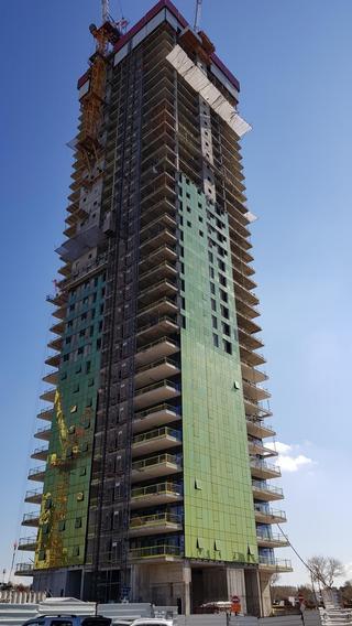 מגדל הזהב 'לייטהאוס' | צילום: וויי בוקס