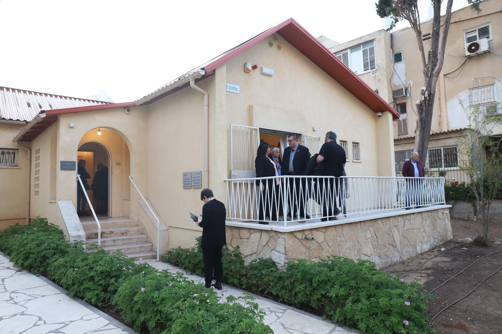בית שלום אש נפתח למבקרים   צילום: יואב פלי
