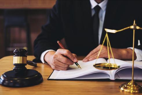עורך דין. אילוסטרציה: shutterstock