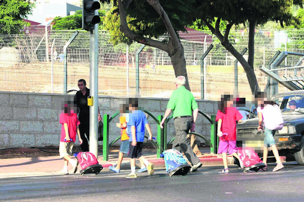 הדרך לבית הספר | המחשה: נמרוד גליקמן