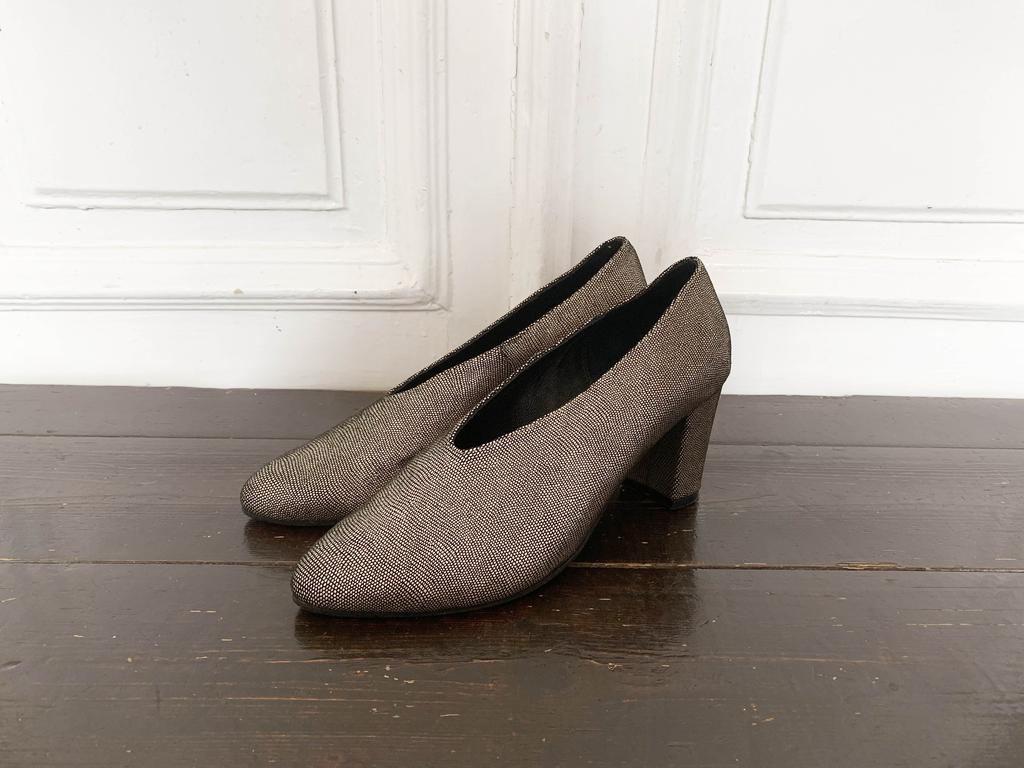 """נעלי ה""""יציאה"""". צילום פרטי"""