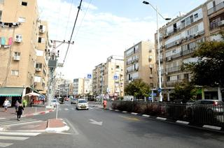 רחוב בלפור בת ים| צילום: קובי קואנקס